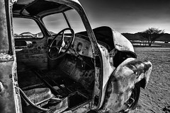 End of the journey (Jan Jungerius) Tags: africa afrika namibia namibië solitaire car auto verval verlaten abandoned decay verfall verlassen sand zand zwartwit schwarzweis blackandwhite blackwhite noiretblanc nikond750 tamronsp2470mm monochrome lost