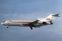 N852TW TWA 727-031 at KCLE (GeorgeM757) Tags: n852tw 727031 twa transworld aircraft aviation airplane airport boeing kcle georgem757 predigital landing classicaircraft