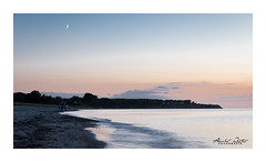 The beach, the moon and the white sea (alexander_winter@ymail.com) Tags: canoneos6d mond moon beach balticsea strand mecklenburgvorpommern rerik germany deutschland