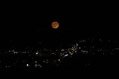 Moonrise over the city, Colorado Springs Colorado (Gail K E) Tags: colorado coloradosprings moon moonrise usa rockymountains scenic northamerica