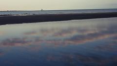 Barra Grande - Amanhecer (sileneandrade10) Tags: amanhecer barragrande sileneandrade praia espelho brasil sunrise mar nikon céu viagem turismo reflexo piauí nikoncoolpixp1000 nikoncorporationcoolpixp1000