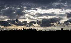 Silhouette (Elfkild) Tags: canonrf24105mm autumn belgium ciel clouds coucherdesoleil extérieur landscape outside paysage silhouette sky sunset ath hainaut belgique
