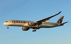 A7-AMI Airbus A350-941 Qatar Airways (R.K.C. Photography) Tags: a7ami airbus a350941 a350 aircraft aviation airliner qatarairways qtr qr london england unitedkingdom uk myrtleavenue hattoncross 27l londonheathrowairport lhr egll canoneos750d