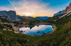 Dolomiten - Sonnenuntergang am Bergsee (F!o) Tags: italien bozen sunset italy lake mountains photography see sonnenuntergang berge bergsee dolomites dolomiti dolomiten valparola dolomitici alps sunshine landscape aerial alpen mavic dji mavic2pro