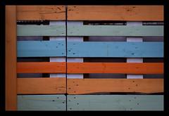 Paletten-Deko-Minimalismus... (diezin) Tags: 2604 album7 beachtsames budapest diezin dzsmd750 findings flickr kazinczyutca minimaleansichten minimales nikond5300 pfingsten samstag tag1 tamron70300 ungarn