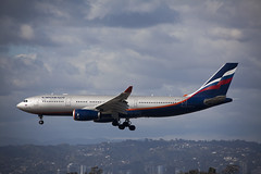 VP-BLX Airbus A330-243 Aeroflot (corkspotter / Paul Daly) Tags: vpblx airbus a330243 a332 963 l2j ghbq 42423e afl su aeroflot 2008 fwwyj 20081119 klax lax los angeles