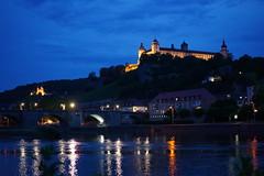 Würzburg: Alte Mainbrücke (zug55) Tags: würzburg franken franconia bayern bavaria germany deutschland festungmarienberg marienbergfortress festung marienberg fortress castle burg palace