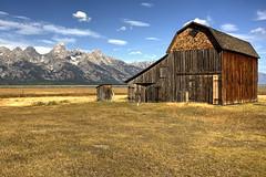 (Martin_Francis) Tags: barn mormonrow jackson wyoming grandtetons mountains outdoors scenery landscape
