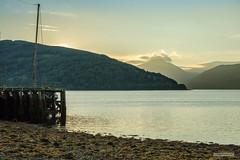 "Strone Point, Loch Fyne , Binnein an Fhìdleir and Glen Kinglas from Inveraray. (Scotland by NJC.) Tags: sunrise dawn daybreak sunup morning daylight شُروقُ الشَّمْس ""nascer do sol"" 日出 ""izlazak sunca"" ""východ slunce"" solopgang zonsopgang amanecer auringonnousu ""lever du soleil"" sonnenaufgang alba 日の出 lakes lochs reservoirs waters lago 湖 see λίμνη 호수 innsjø jezioro lac озеро mountains hills highlands peaks fells massif pinnacle ben munro hora bjerg berg montaña vuori montagne βουνό montagna fjell inveraray lochfyne stronepoint lochshira argyll scotland"