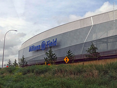 Allianz Field from I-94 West, 17 July 2019 (photography.by.ROEVER) Tags: minnesota 2019 july july2019 vacation roadtrip 2019vacation 2019roadtrip minnesota2019roadtrip minnesota2019vacation drive driving driver driverpic ontheroad road highway i94 interstate interstate94 freeway westbound westboundi94 us12 us52 field stadium allianzfield soccerstadium soccer majorleaguesoccer minnesotaunitedfc mufc stpaul usa