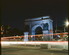 Brooklyn lights at night: Soldiers and Sailors Memorial (GPhace) Tags: longexposure brooklyn kodak grandarmyplaza 120mm 2019 filmphotography ektar100 nyc newyorkcity nightphotography mamiya mediumformat streetlights headlights nightshots carlights taillights filmgrain memorialarch flushingave shootfilm rb67pros tripod