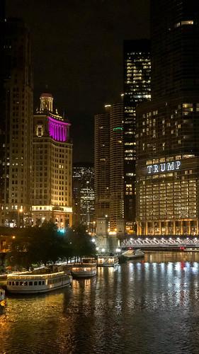 Chicago Sightseeing - Sicht auf die Skyline und den Trumptower