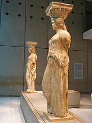 Cariatides del Erecteión. Museo de la Acrópolis. Atenas 🇬🇷 (LUCHO MALER) Tags: greece grecia ancientart acrópolis