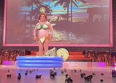 Vitriano3_10218183109314880_2872691770737557504_o (danimaniacs) Tags: rebaareba dragqueen misstexas pageant swimsuit competition costume pool inflatable jalapeno bikini