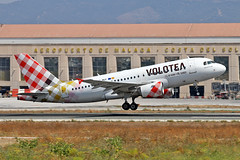 EC-MUY Airbus A.319-111 Volotea Airlines AGP 31-08-19 (PlanecrazyUK) Tags: lemg malaga–costadelsolairport malaga costadelsol ecmuy airbusa319111 voloteaairlines agp 310819