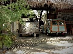 old is gold (SM Tham) Tags: asia southeastasia malaysia kedah langkawi island panjipanjiresort garage van volkswagen morrisminortraveller car vintage old vehicles shade shelter
