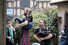 Maryland Renaissance Festival 2019 (dckellyphoto) Tags: marylandrenaissancefestival crownsvillemd maryland 2019 renfaire event renfest historical fair sca costume canoneos6dmarkii md crownsville cudubh men male bagpipes band