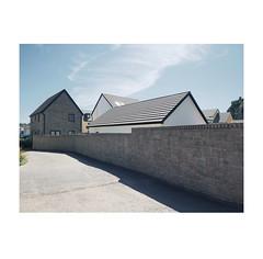 untitled (chrisinplymouth) Tags: wall path turnchapel plymouth devon england trait uk city xg diagonal perspective cw69x cameo r241 diag