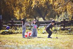 各自忙碌 (M.K. Design) Tags: taiwan taichung heping forest travel nature landscape ultrawide tele telephoto portrait sunshine bokeh camping wuling farm nikon z6 mirrorless mirrorlesscamera hdr afs1424mm28g 105mmf14e 台灣 台中 和平鄉 武陵農場 露營 來去山上住一晚 人像 自然 風景 超廣角 雪山 雪山登山口 草原 兒童 children 寫真 尼康 無反 無反光鏡相機 淺景深 散景 立體感 生活 旅行 旅遊