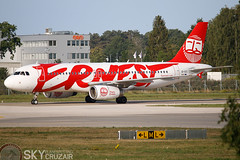 EI-GCC A320-200 18AUG2019 (Skycruzair) Tags: fair hannover planespotting aircraft aeroplane spotting canon volotea haj eddv traffic