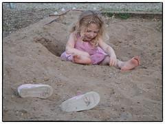 In  the sand (molnarantaldenes) Tags: canong1x családi modified panka sonya7 család játszótér kerekegyháza selected