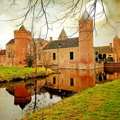 my history diary (♥Adriënne - for peace! -) Tags: domburg castle westhove zeeland thenetherlands samsungs9 textured lenabemanna moon2 reflections addyvanrooij ♥adriënne surroundings structures history stayokay