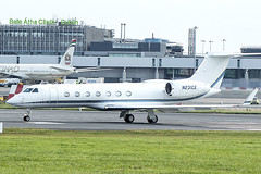 N231CE | WELLS FARGO BANK NORTHWEST NA TRUSTEE | Gulfstream GV-SP (G550) | CN 5232 | Built 2009 | DUB/EIDW 27/07/2019 (Mick Planespotter) Tags: aircraft airport 2019 nik sharpenerpro3 dublinairport collinstown spotter aviation avgeek plane planespotter airplane aeroplane bizjet corporate n231ce wells fargo bank northwest na trustee gulfstream gvsp g550 5232 2009 dub eidw 27072019