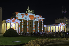 We Love Berlin - FOL 2019 (dietmar-schwanitz) Tags: berlin germany deutschland berlinmitte brandenburgertor brandenburggate hauptstadt capital festivaloflights fol lichterfest licht light beleuchtung illumination dunkelheit darkness nacht night nachtaufnahme longexposure nightshot sehenswürdigkeit sight wahrheit landmark nikon nikond750 nikonafsnikkor24120mmf40ged lightroom colorefex nikcollection dietmarschwanitz