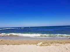 Blue Sea (xandriaam) Tags: sea bluesea seaview bluesky summer sun ro romania holidayinthesun wave travel waves relax perfectview beach sand lamer