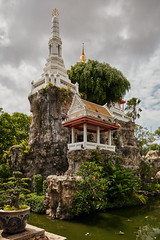 Bangkok – Wat Prayoon Turtle Mountain (Thomas Mulchi) Tags: wongwienlek photowalk 2019 bpg bangkokphotographersgroup bangkok thailand thonburi thonburidistrict khaomomountainreplica watprayurawongsawasworawihan watprayoon bangkokmetropolitanregion happyplanet asiafavorites
