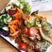 Gesundes veganes Gemüse - das Konzept des gesunden Mittagessens