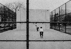 Handball (Nun Nicer Artist) Tags: streetphotography handball blackandwhite analogfilm analog 35mmstreetphotography 35mm nunnicer newyork handballcourt monochrome people game sport citylife