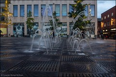 Liverpool Water feature (Mike McNiven) Tags: liverpool busstation water waterfeature pond