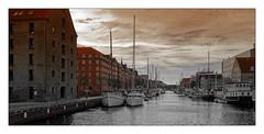 Port de Copenhague (Jean-Louis DUMAS) Tags: traveller travel voyage trip town ville colors copenhagen danemark boat bateau port ciel sky nuage voyageur water cloud