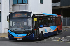 SN67 WWA, The Hard, Portsmouth, May 6th 2019 (Southsea_Matt) Tags: sn67wwa 26156 route23 thehard travelinterchange portsmouthharbour portsmouth hampshire england unitedkingdom canon 80d sigma 1850mm may 2019 spring bus omnibus vehicle passengertravel publictransport alexanderdennis adl enviro200 e200 mmc stagecoachhampshire southdown