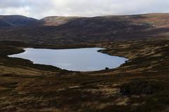 Loch Vrotachan (steve_whitmarsh) Tags: aberdeenshire scotland scottishhighlands highlands cairngorms landscape water lochan topic mountains hills