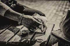 Los churros. (LACPIXEL) Tags: churros comida nourriture food lavillette paris france main hand mano sony street rue calle bracelet flickr lacpixel