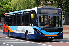 SN67 WVY, Queen Street, Portsmouth, May 6th 2019 (Southsea_Matt) Tags: sn67wvy 26154 route23 queenstreet portsmouth hampshire england unitedkingdom canon 80d sigma 1850mm may 2019 spring bus omnibus vehicle passengertravel publictransport alexanderdennis adl enviro200 e200 mmc stagecoachhampshire southdown