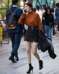 (seua_yai) Tags: asia southkorea seoul candid fashion people asian asianwoman koreanwomen koreanwoman woman women shoes street streetcandid streetfashion koreanstreetfashion streetportrait seuayai koreaseoul2019
