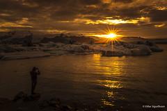 Jökulsárlón.  jpg.8916 (VidarSig) Tags: jökulsárlón sólarlag sólsetur breiðamerkursandur breiðamerkurjökull vatnajökulsþjóðgarður vatnajokullglacier vatnajökull vatnajokullnationalpark hornafjörður suðausturland canon5dmarkiii distagont2821 zeiss zeiss21mm zeissdistagont2821ze sunset 21mm fjallsárlón f22 tv16 iso100