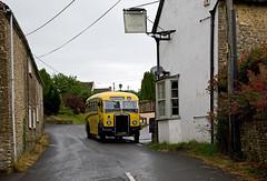 Leyland Tiger PS2/1, Holton, Somerset, June 2014 (David Rostance) Tags: jlj403 leylandtiger burlingham pub oldinn holton somerset
