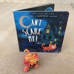 IMG_2101 (crochetbug13) Tags: crochet crocheted crocheting amigurumi amigurumicat crochetcat crochettoy childrensbook halloweenbook