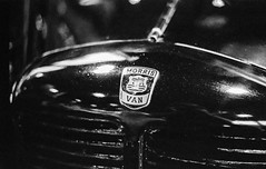 NEC Classic Car Show - 13/11/16 (CamShaw74) Tags: classiccar classic car bw blackandwhite pentax k1000 50mm 35mm film trix kodak iso800 pushed ilford ddx epson v800 morris van