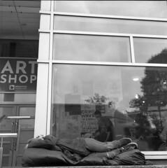 Sleep (4foot2) Tags: sleeping sleep streetphoto streetshot street streetphotography candidportrate candid reportagephotography reportage people peoplewatching peopleofbrighton interestingpeople analogue film filmphotography 120film mediumformat bw blackandwhite monochrome mono ilford ilfordhp5plus hp5plus kodakhc110 hc110 kodak rolleiflex rolleiflex35c rollei tlr twinlensreflex brighton 2019 fourfoottwo 4foot2 4foot2flickr 4foot2photostream