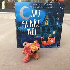 IMG_2102 (crochetbug13) Tags: crochet crocheted crocheting amigurumi amigurumicat crochetcat crochettoy childrensbook halloweenbook