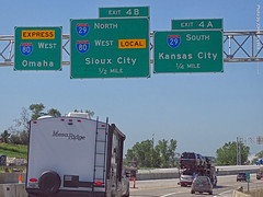 Split of I-80 West Express & Local, 12 July 2019 (photography.by.ROEVER) Tags: minnesota 2019 july july2019 vacation roadtrip 2019vacation 2019roadtrip minnesota2019roadtrip minnesota2019vacation iowa pottawatomiecounty councilbluffs omahametro omahacouncilbluffsmetro omaha drive driving driver driverpic ontheroad road highway interstate freeway interstate80 interstate29 i80 i29 split ramp exit interchange i80express i80local i80westbound westbound westboundi80 i80westexpress i80westlocal i29north northboundi29 exit4b express local sign overheadsign signs bgs biggreensign usa