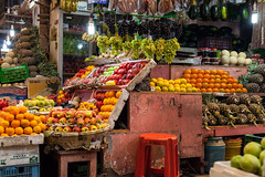 IMG_0741ri (StK-WI) Tags: fruits früchte asien asia bunt bengalen bengal canon camera colourful color colour colorful city capital dslr eos foto flickr farbig holiday hauptstadt holidays incredibleindia indien india incredible kolle kamera lens market markt objektiv newmarket photo stkwi stephankolle stephan stadt kolkata calcutta kalkutta west westbengal westbengalen 5dmarkii 5dmkii 5d 2019 কলকাতা পশ্চিমবঙ্গ sigma 50mm obst art