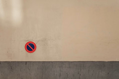 Super. (Adrien GOGOIS) Tags: minimal minimalist minimalism color city street urban geometry symetry line layers parking sign curve circular circle round form composition fuji fujifilm xt10 kit zoom lens 1545 shape frame straight red