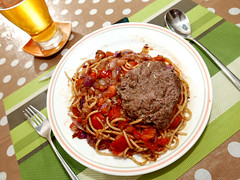 leftover (DOLCEVITALUX) Tags: spaghetti hamburger lumixlx100 panasoniclumixlx100 panasoniccameras meal food pasta