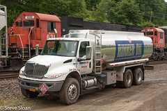 Rinker Oil Truck (Steve Sloan, San Jose, CA) Tags: 201907 2019070301ph alco m636 mlw roadtrip2019 wnyp